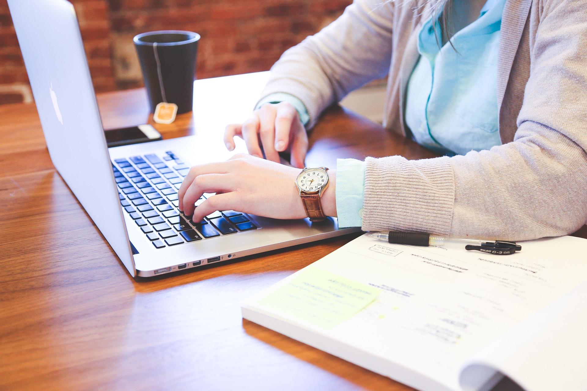 Os 03 principais benefícios da digitalização da educação corporativa